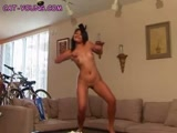 GIRL DANCES NUDE
