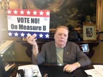 Larry Flynt Says No On Measure B