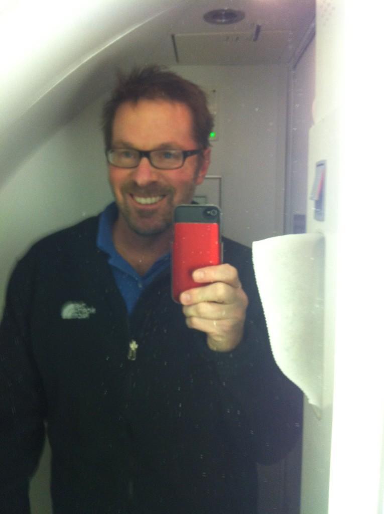 Hugo Schwyzer airplane selfie