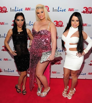 Tia Cyrus, Julie Cash and Nikki Delano at AEE