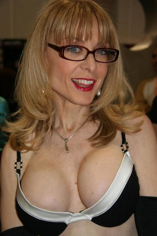 Nina Hartley Sex Videos - SEXCOM