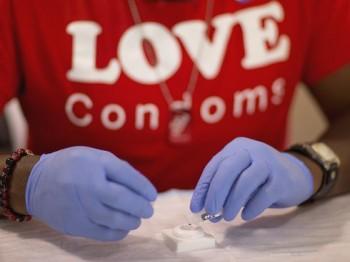 1405636679000-HIV-TESTING