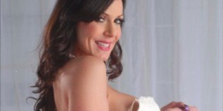 Superstar MILF KENDRA LUST Is Set For A Naughty Appearance At New Century Club in San Francisco