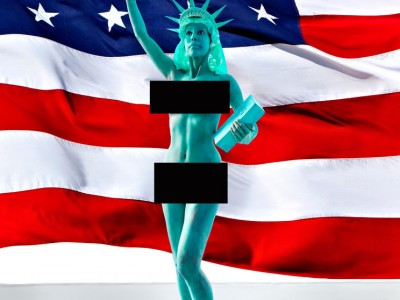 The Statue Of Liberty Gets Naked For Independence Day!