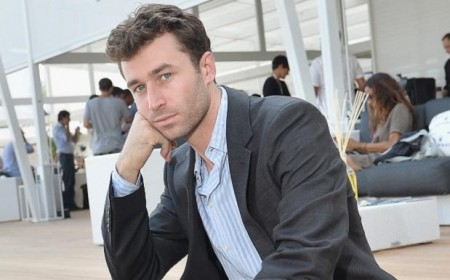 'The worst place in the world' -- James Deen Pens Scathing Review of Sydney's Opera Bar