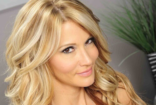 Wicked Pictures Contract Star jessica drake to Serve as Fleshbot's Guest Editor