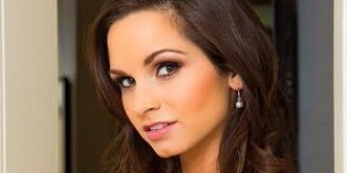 Tonight's Girlfriend with Ashley Sinclair: When Custom Vids Aren't Enough