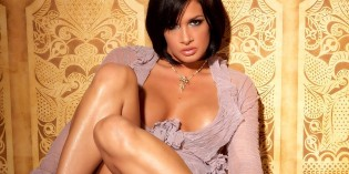 Tory Lane arrested at LAX, dragged kicking and screaming off Delta flight