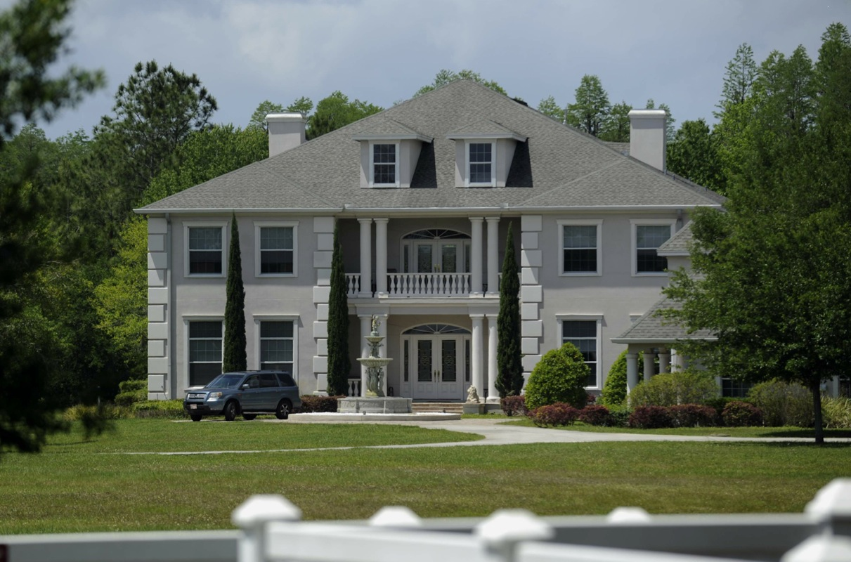 Noise, not strippers, was problem at Hillsborough mansion