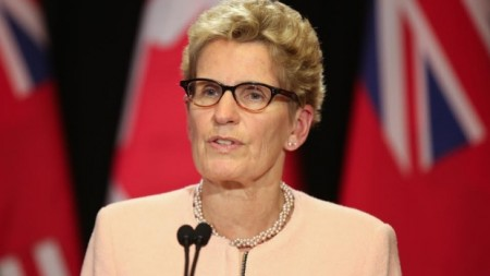 Premier Kathleen Wynne says there is 'no clear unconstitutionality' with the new prostitution law that the federal government brought forward. (Paul Borkwood/CBC)