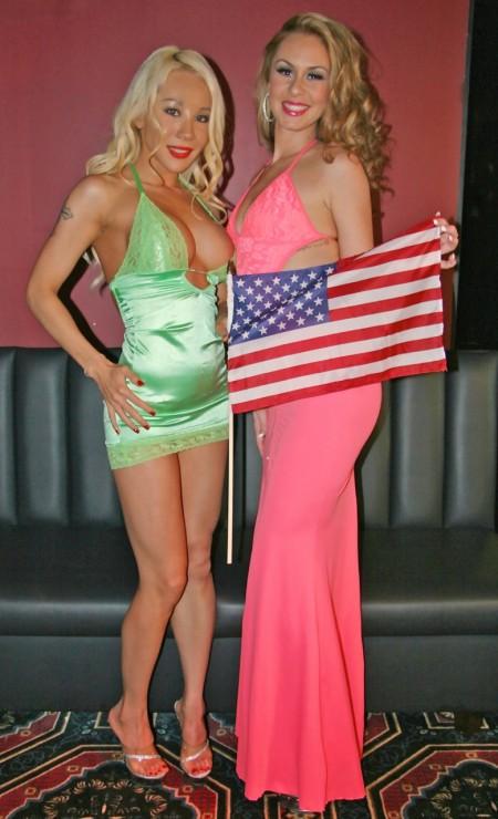 Emma and Kimmie - Strippers Salute Fleet Week Troops (PHOTOS)