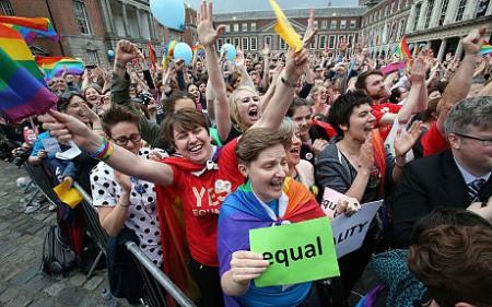 In national referendum, Ireland returns resounding vote in favor of same-sex marriage