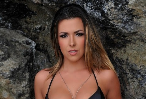 Danica Dillon Headlines at The Scene In Commack NY On Friday And Saturday