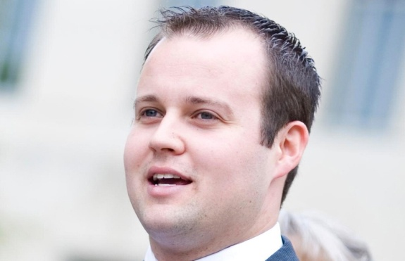 TLC finally cancels '19 Kids and Counting' amid Josh Duggar abuse scandal