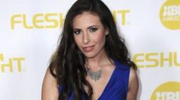 Casey Calvert to Talk Sex, Her Role as GameLink's BDSM Expert, & More on Reddit