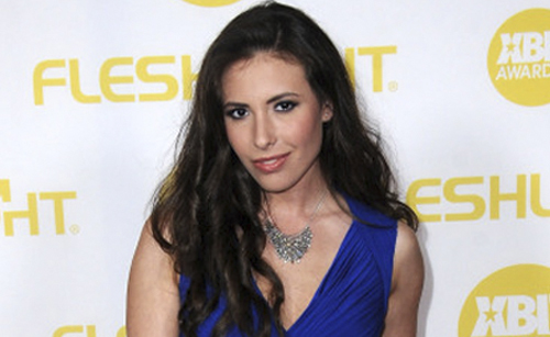 Casey Calvert to Talk Sex, Her Role as GameLink's BDSM Expert, & More on Reddit