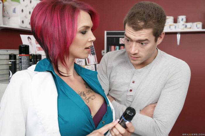 Anna Bell Peaks Appears on Boom Boom Cast