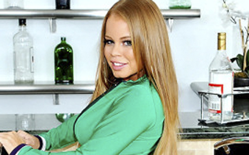 Nikki Delano Wins Big at NightMoves and Features In Ohio This Week