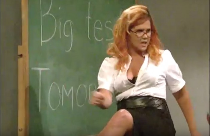 Amy Schumer Stars In 'Porn Teacher' Scene On 'SNL' (VIDEO)