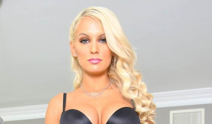 Kenzie Taylor Signs Exclusive IR Contract with ArchAngel