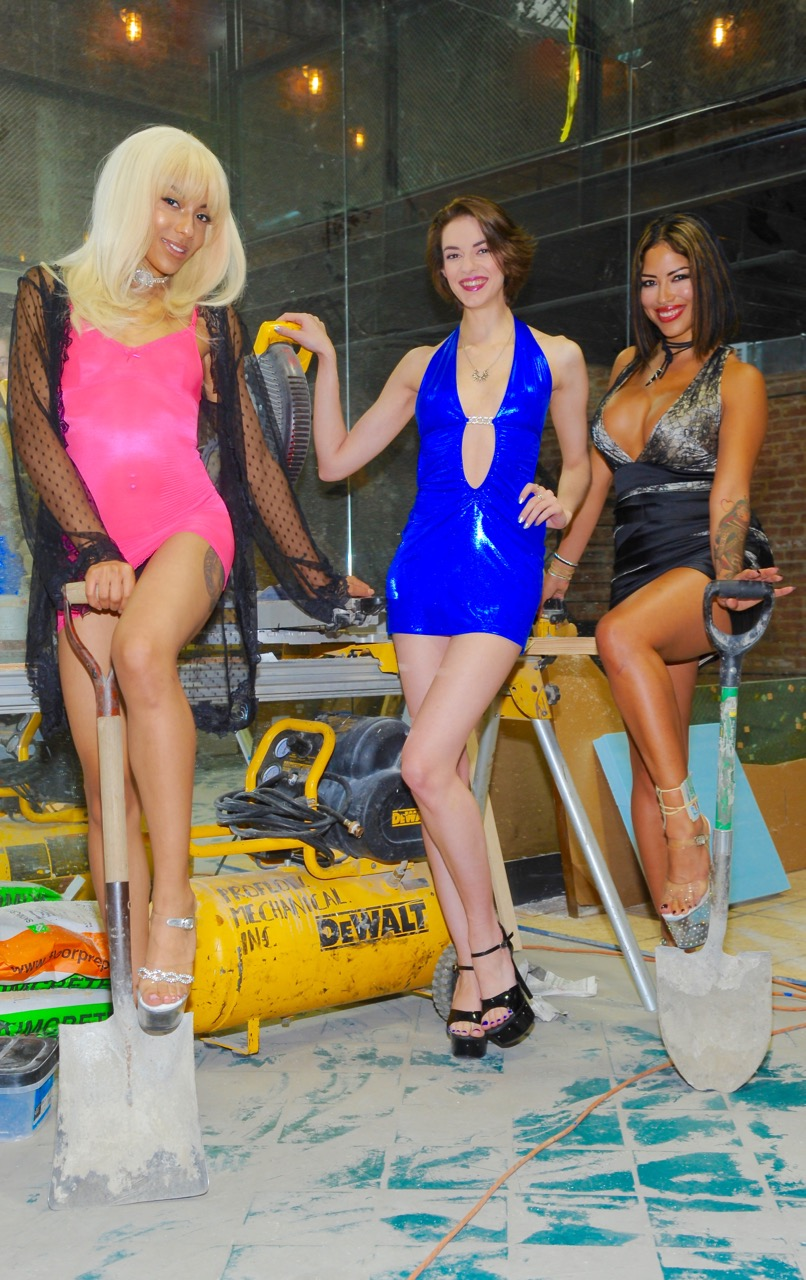 hoops-girls-hard-at-work