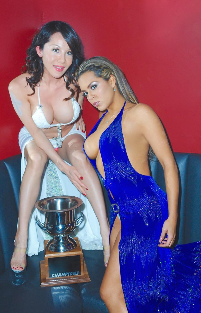 ricks-cabaret-ny-girls-with-the-trophy