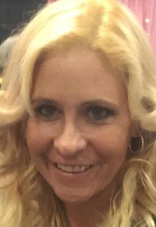 Prop 60 Supporter And Scam Union Leader Phyllisha Anne Shows Up At Exxxotica NJ