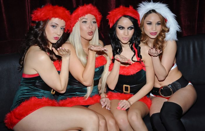 Vivid Cabaret New York Girls Enjoying Christmas Season (photos)