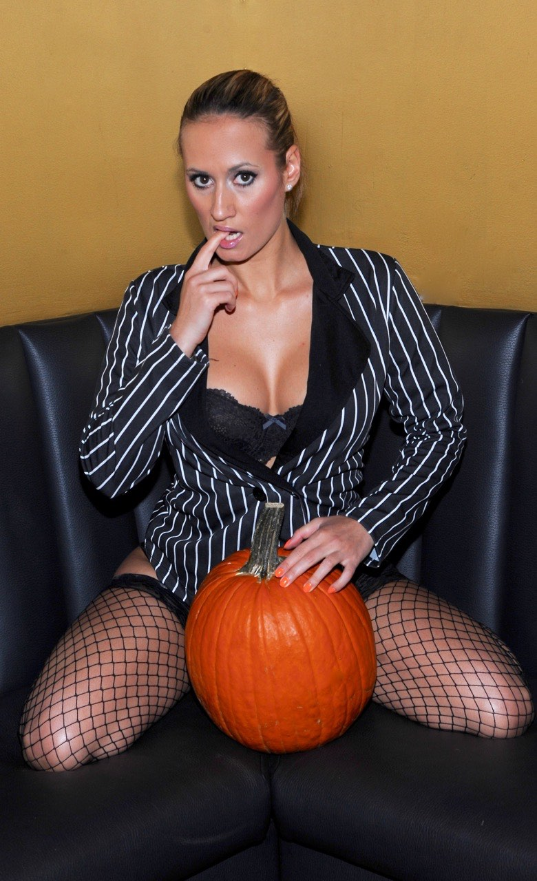 Stripper With Pumpkin