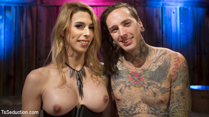 Transsexual Starlet Casey Kisses