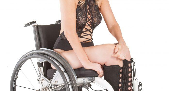 Dallas Novelty's Rachelle Chapman Featured in Simply Sxy