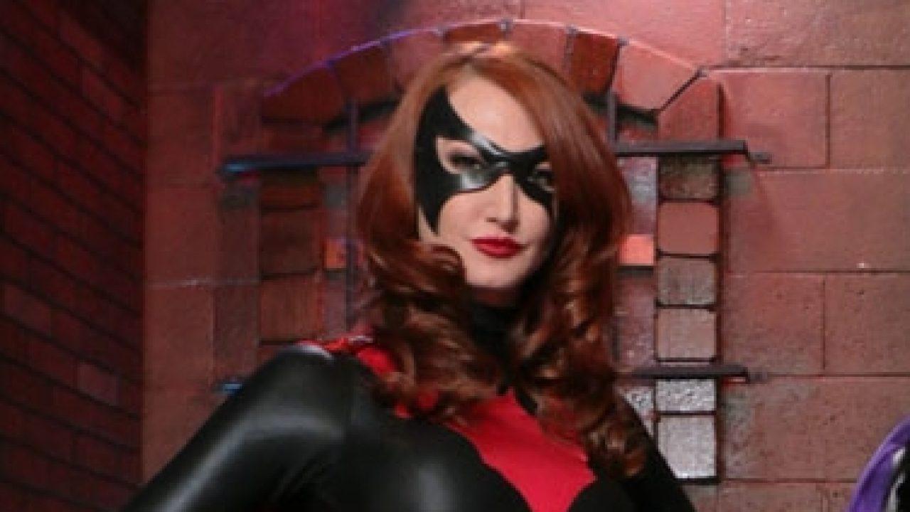 "Batwoman Xxx kendra james stars in the xbiz nominated ""batwoman"" - trpwl"